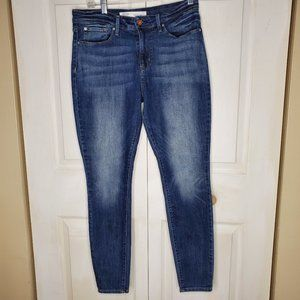 Levi's Strauss Mid Rise Skinny Jeans Size 10M